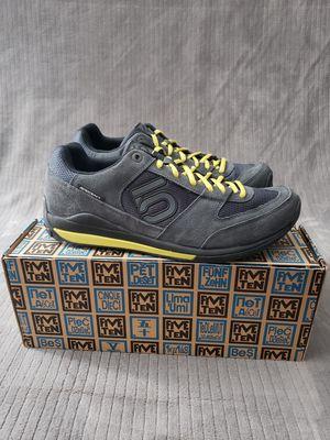 FIVE TEN Aescent Men's Multi-Sport Shoe for Sale in Reno, NV