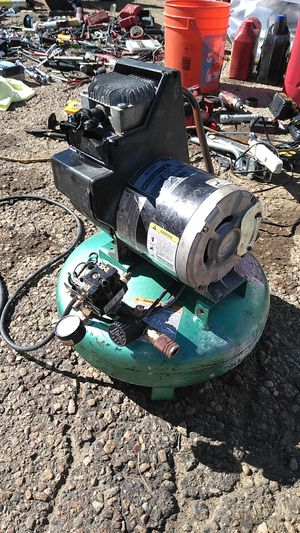 Barely working pancake compressor for Sale in Golden, CO