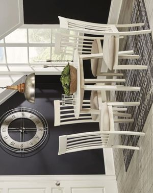 ..Slannery White Round Drop Leaf Dining Set |.. 5-PIECE (TABLE+4 CHAIRS) for Sale in Houston, TX