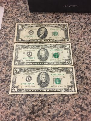 Vendo estos billetes para coleccionar for Sale in Chillum, MD