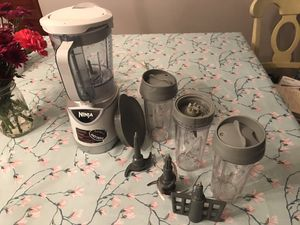 Official Ninja blender + accessories for Sale in Charlotte, NC