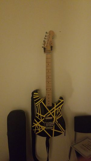 Eddie van halen bumble bee for Sale in St. Louis, MO