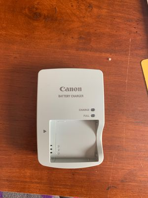 Canon Camera Battery Charger for Sale in Fuquay-Varina, NC