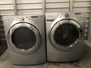 Whirlpool washer and dryer electric for Sale in Phoenix, AZ