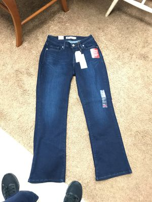 Levi's jeans 529 brand new w tags curvy bootcut size 8 dark blue for Sale in Silver Spring, MD
