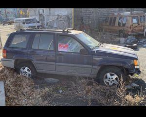 Jeep Grand Cherokee for Sale in Philadelphia, PA