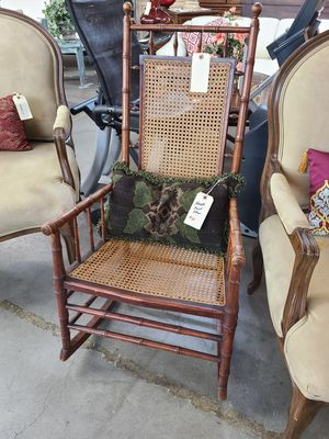 Rocking Chair Antique 🌞 Another Time Around Furniture 2811 E. Bell Rd for Sale in Phoenix, AZ