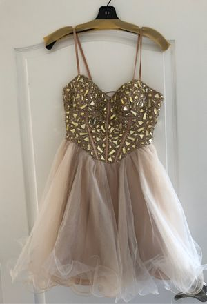 Prom dress size small for Sale in Millstone, NJ