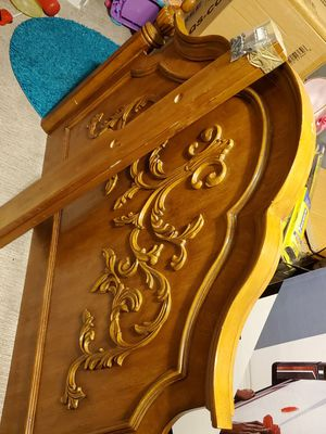 Solid wood head board for Sale in Denver, CO