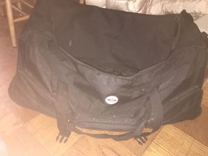 Big duffle bag with wheels for Sale in Washington, DC
