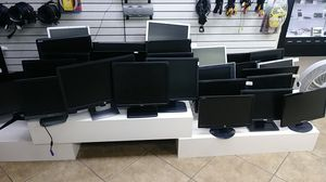 Lot of 5 monitors (your choice) for Sale in Modesto, CA