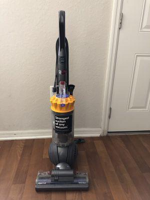 Dyson vacuum for Sale in Saint Cloud, FL