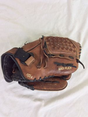 "Mizuno Power Close GPP 1100Y-1 11"" RHT Youth Baseball Glove for Sale in Odenton, MD"