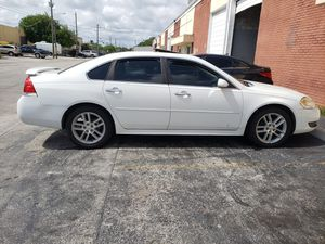 2011 chevy impala for Sale in Pembroke Pines, FL