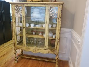 Antique China Cabinet for Sale in Willow Spring, NC