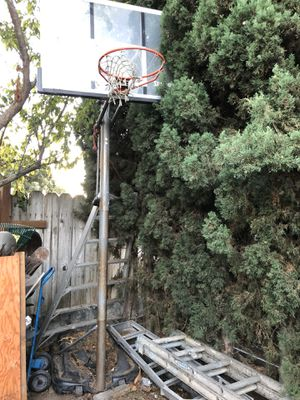 Basketball hoop for Sale in Palo Alto, CA