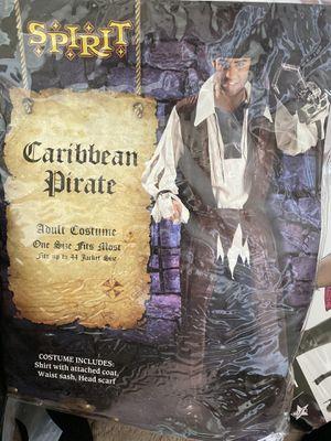 Men's pirate costume for Sale in Danbury, CT