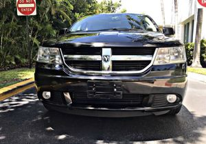 2010 DODGE JOURNEY CLEAN TITLE for Sale in Pembroke Pines, FL
