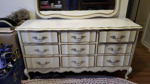 Vintage Vanity dresser for Sale in Bellingham, WA