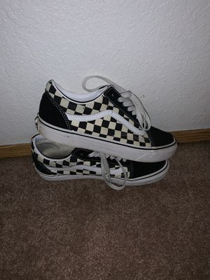 Old Skool Checkered Vans (Black) for Sale in Puyallup, WA