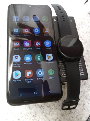 Samsung watch and phone for Sale in Edison, NJ