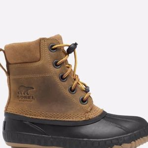 "Unisex Sorel ""cheyenne"" youth Snow Boots Size 7 Color elk for Sale in Framingham, MA"