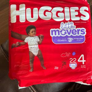 Huggies Size 4 for Sale in Mesa, AZ