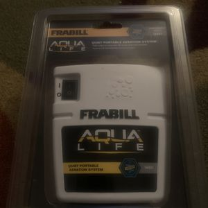 Frabill portable aerator for fishing for Sale in Bloomington, IL