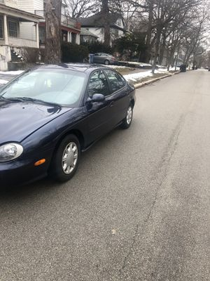 99 Ford Taurus SEL Family Owned for Sale in Chicago, IL