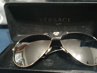 Versace Shades Good Condition 175 for Sale in Houston,  TX