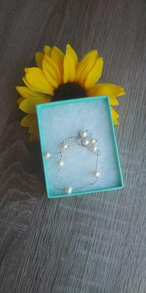 Sterling silver necklace 925 collar de plata . no es Tiffany solo la cajita for Sale in Bloomington, CA