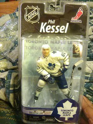 Action Figure hockey collection NHL Phil Kessel Toronto Maple Leafs. for Sale in Buena Ventura Lakes, FL