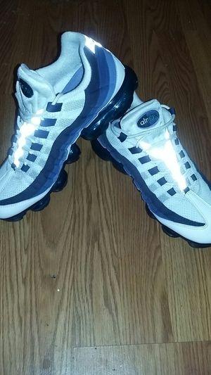 Nike air vapor max 95's blue & white (11/5) for Sale in Philadelphia, PA