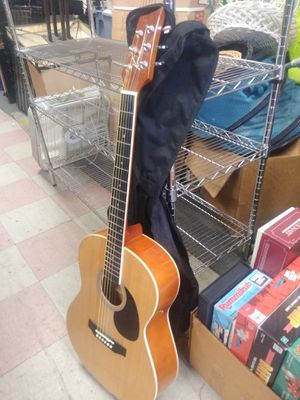 Kona guitar with carry bag for Sale in Philadelphia, PA
