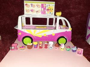 Shopkins mini play van for Sale in Houston, TX