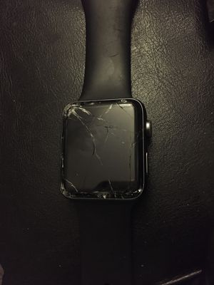 Broken screen Apple watch series 2 for Sale in Tamarac, FL