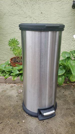 Trash Can for Sale in Sacramento, CA