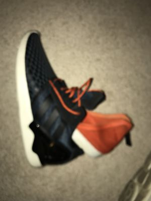 Adidas men's shoe size 11.5 for Sale in Cleveland, OH