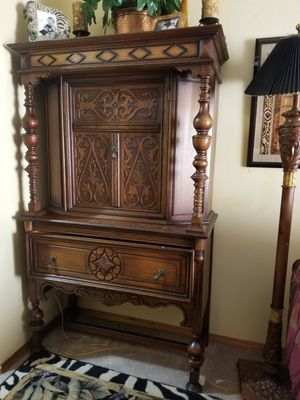 Antique Cabinet for Sale in Vancouver, WA