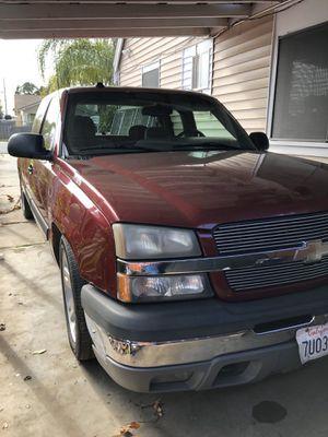 2005 chevy silverado for Sale in Riverbank, CA