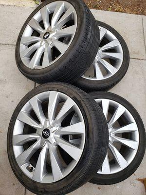 19 inch Hyundai rims, 5x114.3 for Sale in Riverside, CA