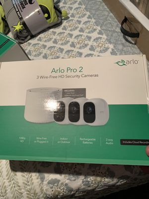 ARLO PRO 2 Wireless Wire Free HD Security System 3 Cameras & 1 Solar Panel New Sealed Box for Sale in Hesperia, CA