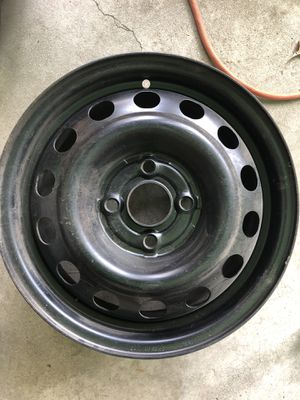 14x5 J 4 Lugs 100mm bolt pattern 92-2000 Honda civic for Sale in Downey, CA