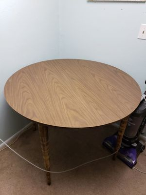 Small kitchen table for Sale in Ligonier, PA