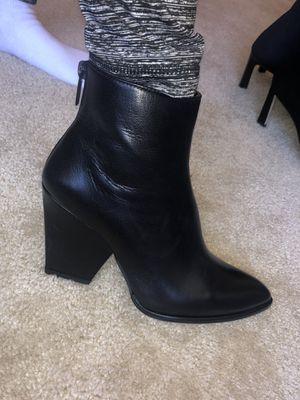 Stuart Weitzman sheepskin new boots SALE 6.5 for Sale in Gaithersburg, MD