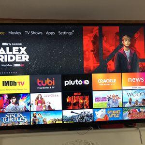 "65"" Vizio Smart Tv With Swivel Mount for Sale in Bellevue, WA"
