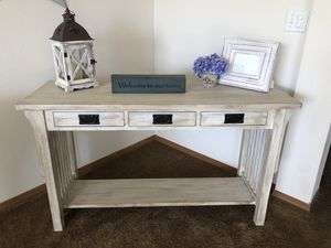 Custom finished sofa table for Sale in Carbonado, WA