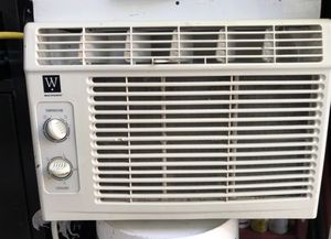 AC WINDOW UNIT for Sale in Spring Valley, CA