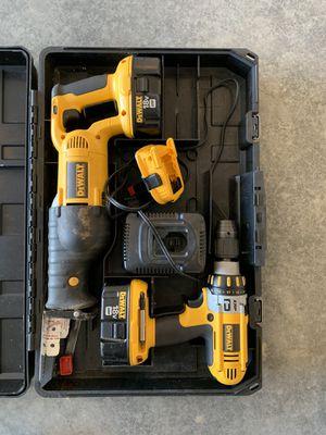 Dewalt 18v Hammer drill / sawzall combo for Sale in Marengo, IL