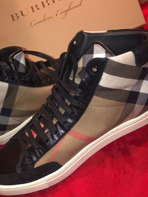 Burberry men shoes for Sale in Fresno, CA